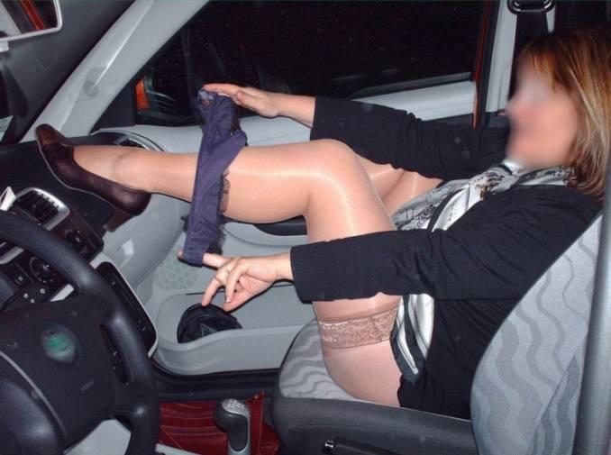 sesso in macchina adottaunamilf
